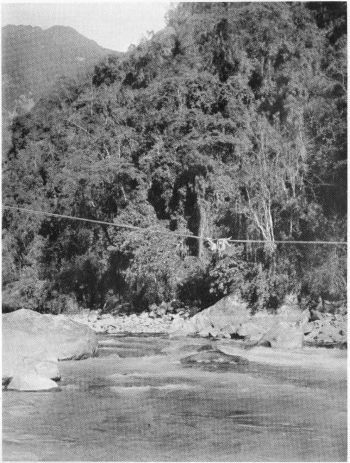 Daru rope-bridge over the Nam Tamai just below the Seinghku river confluence