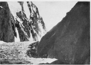 Siachen Glacier-The Jiunction of the k12 glacier and entrance to the basin.