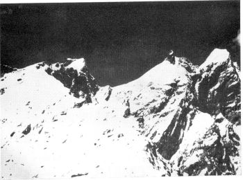 KHINYANG CHHISH. BULL'S HEAD (LEFT), OGRE AND SNOW DOME FROM THE EAST. (J.A.E. Hasell)