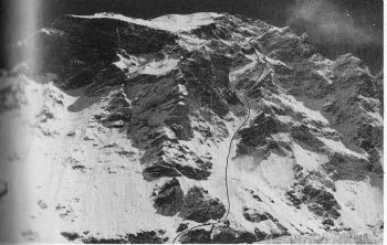 Cho Oyu (8201 m), Swiss-Polish route 1990, southwest face.
