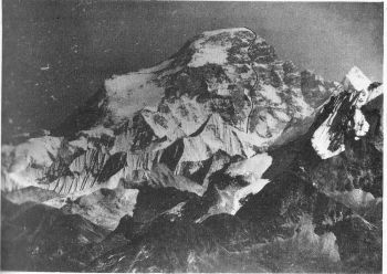 Swiss-Polish route on the southwest face of Cho Oyu.